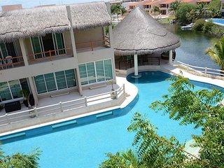 Condo in a Puerto Aventuras, Riviera Maya