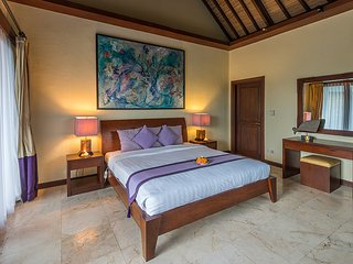 Heaven in Bali - Purple Orchid Room