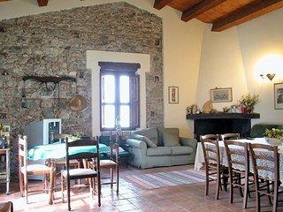 8 bedroom Villa in Rossano Calabro, Calabria, Italy : ref 2039483
