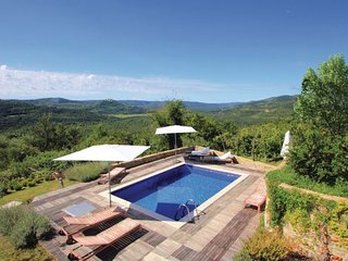 2 bedroom Villa in Motovun, Istria, Croatia : ref 2044462, Livade