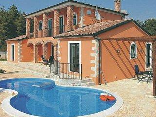 4 bedroom Villa in Visnjan, Istria, Croatia : ref 2045407