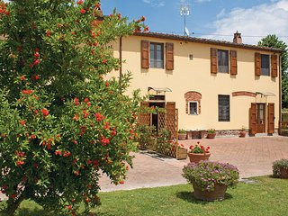 3 bedroom Villa in Ponte Buggianese, Tuscany, Montecatini / Pistoia And