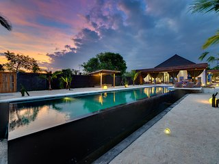 Stunning 1 bedroom villa on the waterfront, Nusa Lembongan
