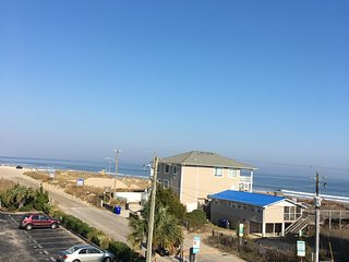Private condo with amazing ocean and icww views and ocean 50 steps from door