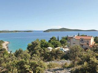 4 bedroom Apartment in Trogir-Sevid, Trogir, Croatia : ref 2219275