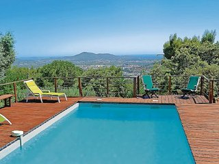 3 bedroom Villa in La Valette du Var, Var, France : ref 2221192