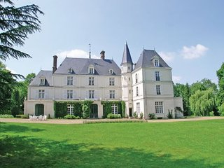 10 bedroom Villa in Beauvais, Oise, France : ref 2221199, Allonne