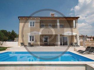 4 bedroom Villa in Pazin-Trosti, Pazin, Croatia : ref 2238532