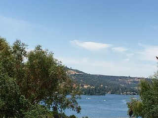 Stunning Lake View Condo, Copperopolis