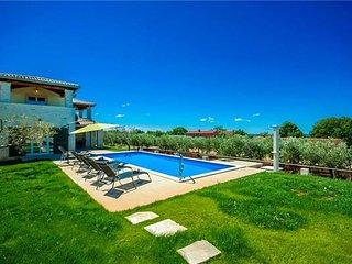 3 bedroom Villa in Kastelir, Istria, Valentici, Croatia : ref 2372699