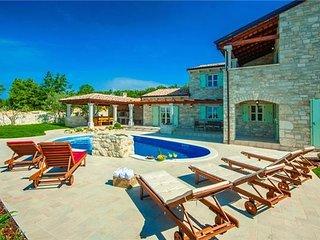 3 bedroom Villa in Sveti Lovrec, Istria, Perini, Croatia : ref 2373211