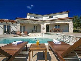 3 bedroom Villa in Vizinada, Istria, Vizinada, Croatia : ref 2374187