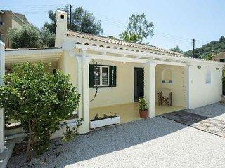 Spitaki Mou, Agios Stefanos