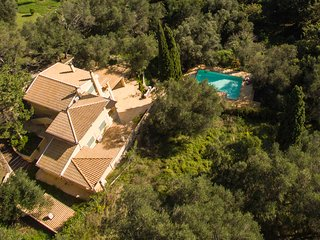 TITANIA-A luxurious and spacious residence in IL GIARDINO SEGRETO DI PROSPERO