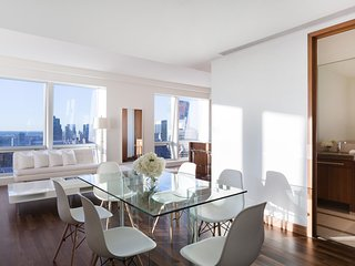 Midtown Jewel Emerald, 2 or 3 BR 2.5 BA Near 5th, Nueva York