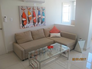 MODERN BRIGHT APARTMENT WITH GREAT SEA VIEW, San Juan