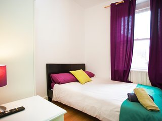 D - Double room with share bathroom in Bed and Breakfast - Camden BnB