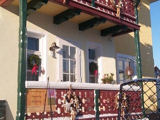 Moderne-gemütliche  Ferienwohnung in einem 110 Jahre alten Haus im Jugendstil, Peissenberg