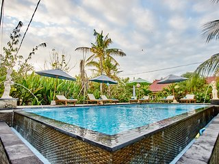 exclusive Ac room with lembongan tropical garden