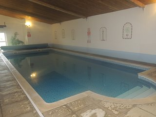 Chaffinch Cottage Family & Pet Friendly Indoor Pool Games Room & Play Area