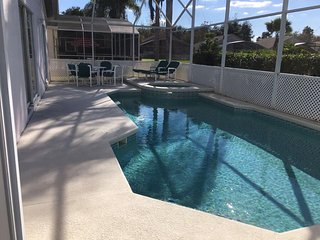 Davenport Villa with South Facing Pool, Games Room & WiFi *NEW OWNERS*, Orlando