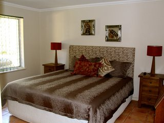 Gorgeous King master bedroom with ensuite, air conditioning and TV.  What more could you ask for.