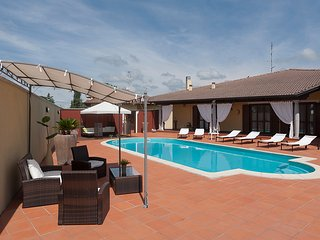 FASHION, RELAX & PRIVACY -  VILLA COMETA -