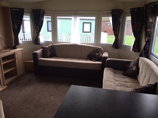 3 Bedroom Luxury Caravan for Rent on sand le mere holiday village