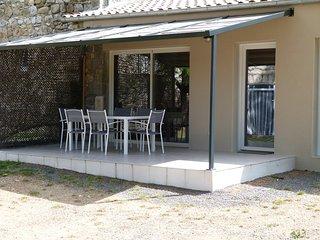 Gite de caractère dans Bastide en pierres (La Baume), Casteljau