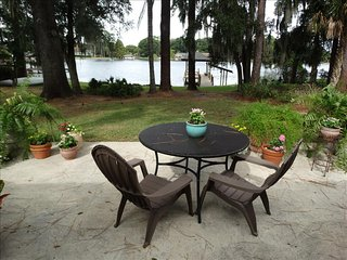 4 BR NEW ORLANDO LAKE HOUSE, College Plaza