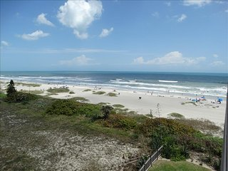DIRECT OCEANFRONT 2 BR LUXURY 104