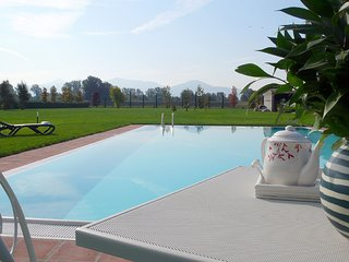 """'Encantea' .. lovely country house, apartment """"Timo"""" at just 2 km from Lucca"""