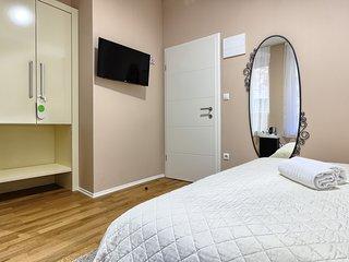 Urban Luxury Rooms****No1