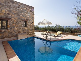 Sunset Views at villa Meliti with Private Pool & Walk to Tavern. Sea Views!