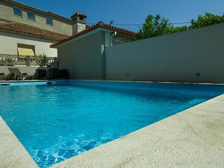 Private accommodation - holiday house Pula 9579 Holiday house
