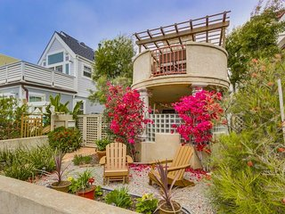 North MIssion Beach Spanish Villa just steps from the beach!, San Diego