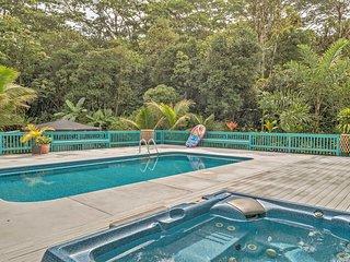 NEW! 2BR Pahoa House w/Private Pool & Hot Tub!