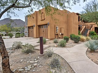 Tranquil 2BR Scottsdale Condo in Quiet Gated Community w/Wifi, Balcony & Community Pool Access - Located Spring Training, Shopping & The Mayo Clinic!