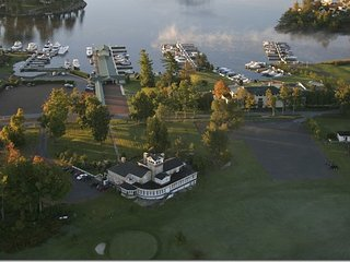 St. Lawrence River Estate, Alexandria Bay