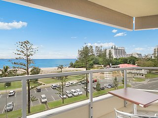 Kooringal unit 16 - Right in the heart of both Tweed Heads and Coolangatta