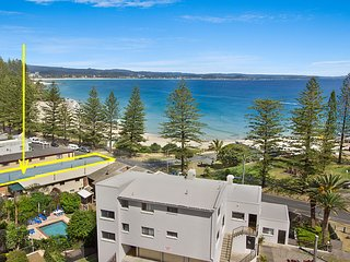 Pacific View unit 2 - Ground floor Comfortable budget style, Beachfront Rainbow