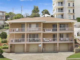 Tumut Unit 1 - Rainbow Bay