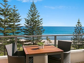 Rainbow Pacific Unit 14 - Great value unit in Rainbow Bay Coolangatta, Gold