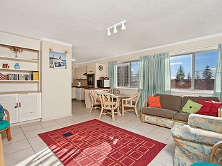 Como unit 5 - Good value 2 bedroom unit