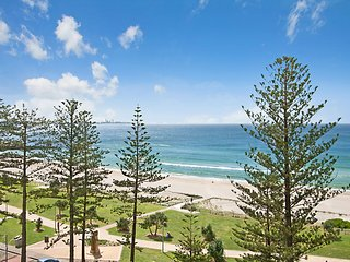 Calypso Tower Unit 702 - Stunning Ocean views Coolangatta to Surfers Paradise