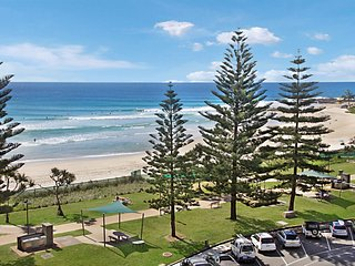Rainbow Pacific Unit 15 - Great value 2 bedroom beachfront unit in Rainbow Bay