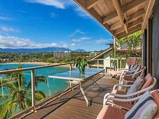 Pali Kai A, Rustic Cottage, Breathtaking Ocean and Mountain Views, AC