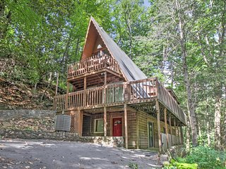4BR Gatlinburg House w/Private Hot Tub!