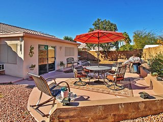 Cool & Bright 3BR Phoenix Home w/Wifi, Large Private Patio & Great Outdoor Entertaining Area - Centrally Located to Many Sporting Events, Shopping, Deer Valley Rec Center & More!, Cave Creek