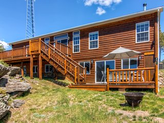 Spacious 4BR Black Hills Property w/Wifi, Gas Grill & Spacious Deck - Near Mt. Rushmore, Crazy Horse, Custer State Park, Harney Peak, Jewel Cave, Wind Cave & Rapid City!